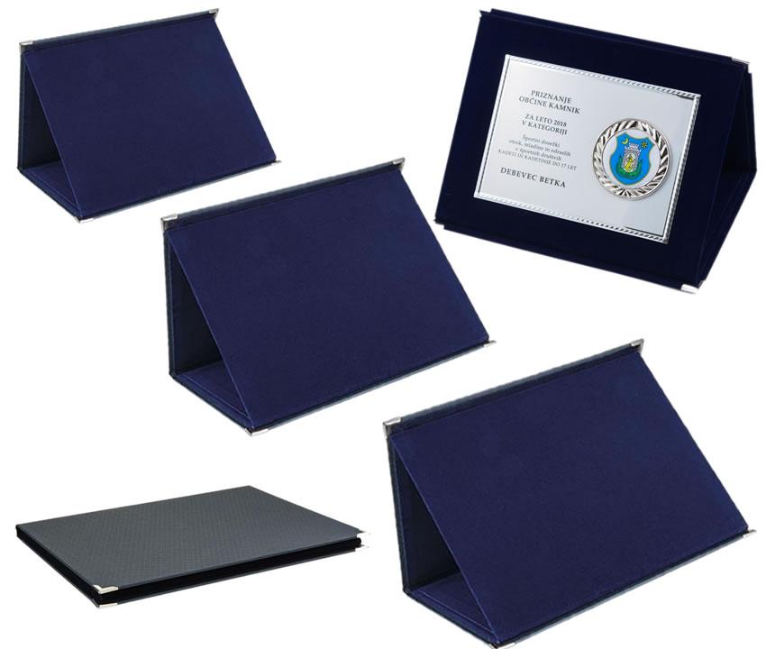 Škatla 411 modra
